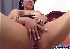 Mature ebony babe shows you what she'_s got - kicams.com