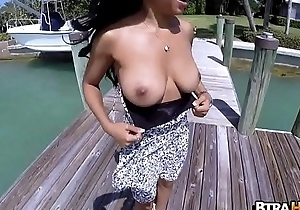 Ebony Amateur Anya Ivy with remarkable special 2.2