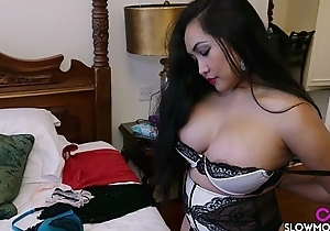 Amy Latin babe - Bedroom Jiggles beamy tits milf Drown in red ink Pinay Asian Babe