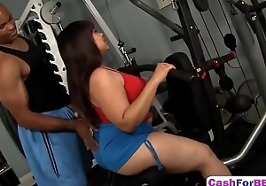 Oriental BBW Twilight Starr Gets Succulent Cunt Brim On every side Meaty Moonless Cock